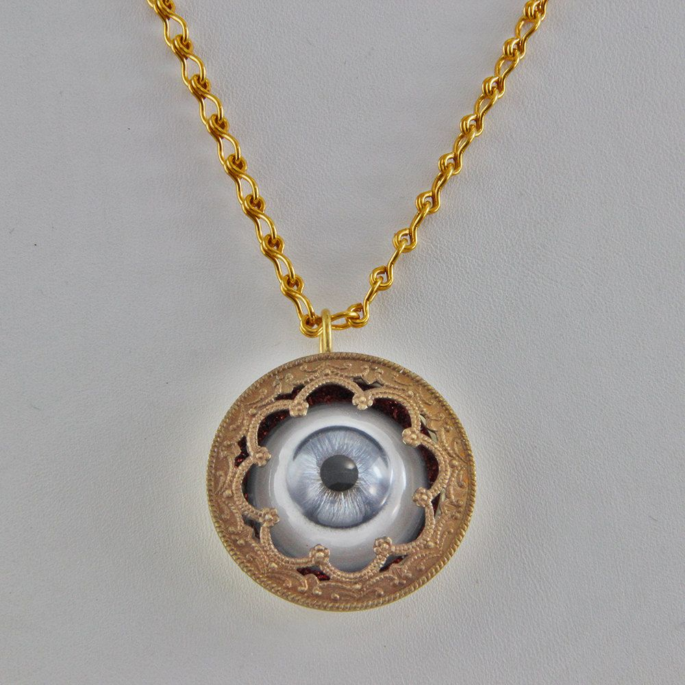 tozukay eyeball yuri artists pipenecklace pipe necklace eyeballbrooch deanpowell pro group worn tozuka