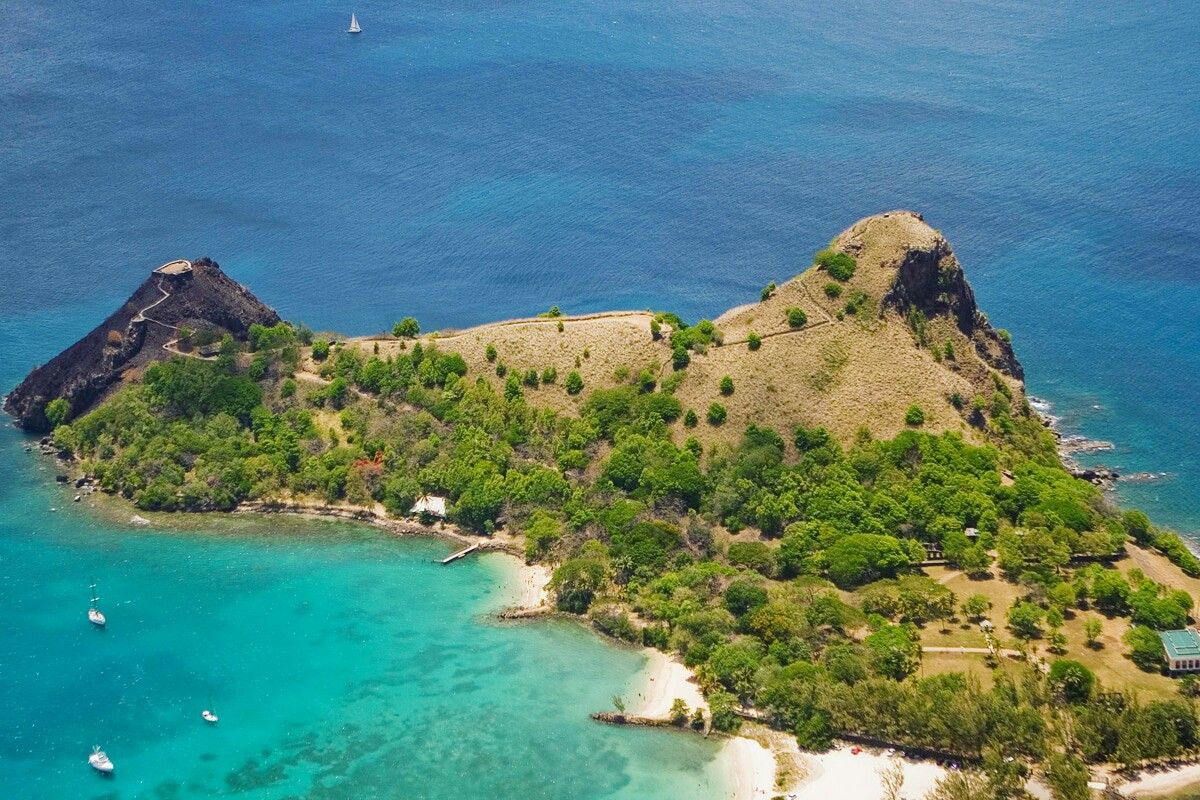 Discover Pigeon Island national park , this is a 44-acre islet located in  Gros Islet in the northern region of St. Lucia. O… | Island park, St lucia, National  parks
