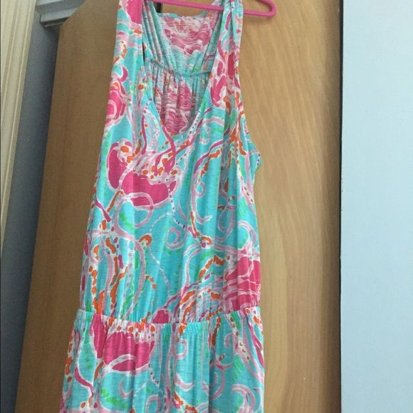Jellies Be Jammin Maxi Dress Super cute, ZERO pilling and only worn for a few events. Unfortunately my watch caught and tore it, but it was near the elastic hem and has been sewn up. (See second photo, it's to the right of the seam) No trades Lilly Pulitzer Dresses Maxi