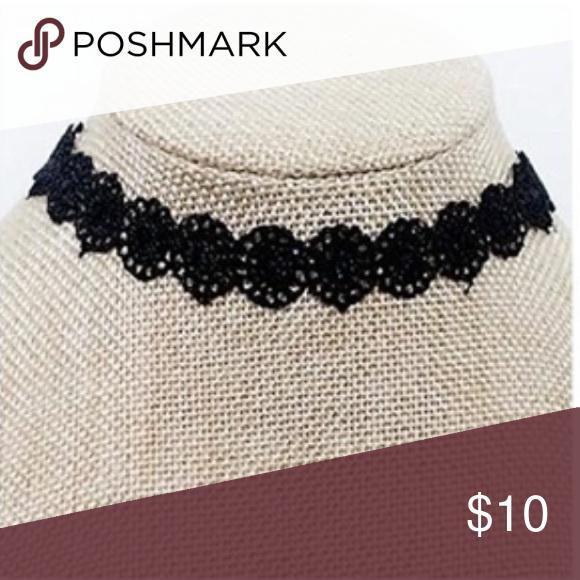 Black lace choker necklace Super cute lace choker necklace Jewelry Necklaces