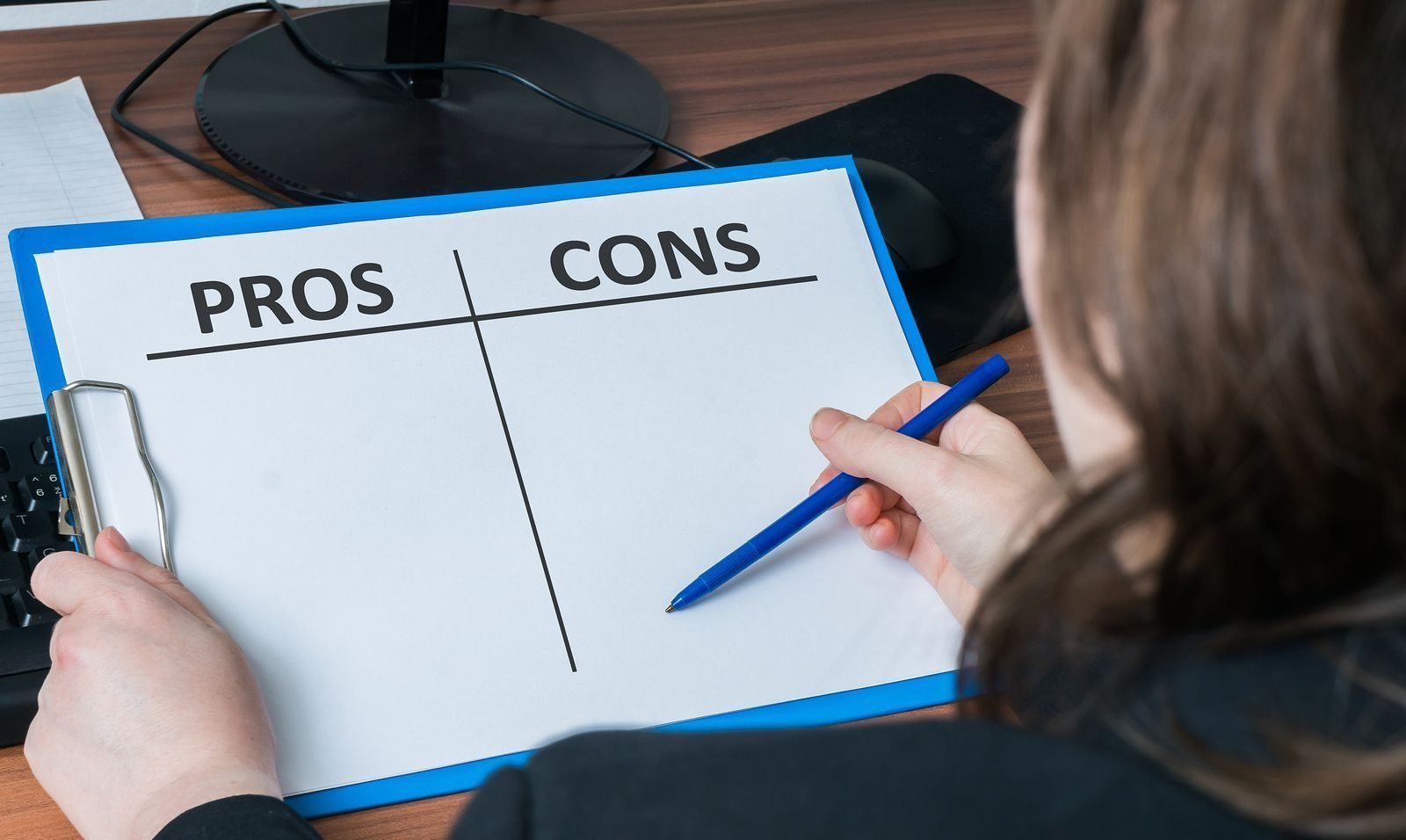 The Pros and Cons of Buying a Foreclosure Reverse