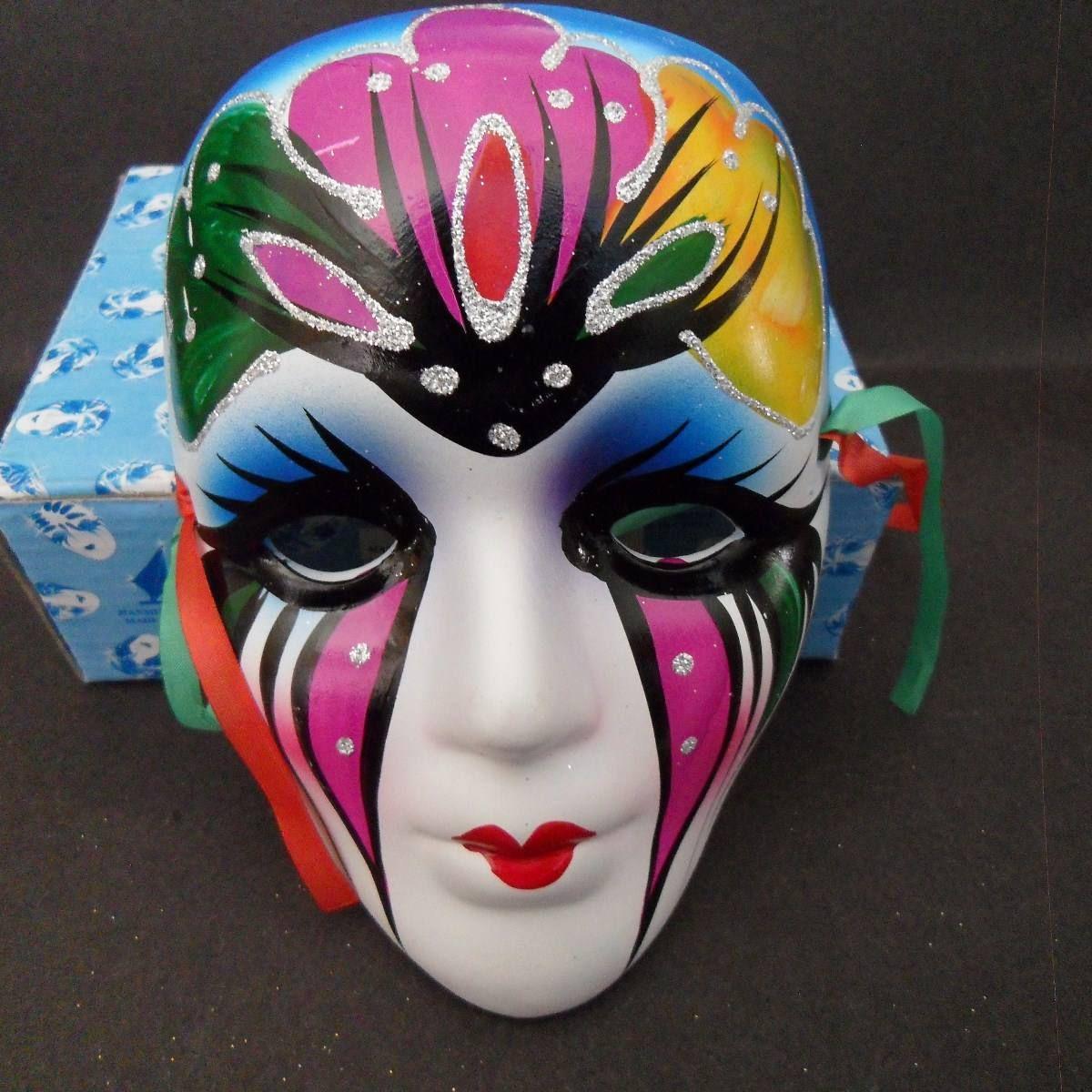 Resultado de imagen para mascaras de yeso de colores - Mascaras venecianas decoracion ...
