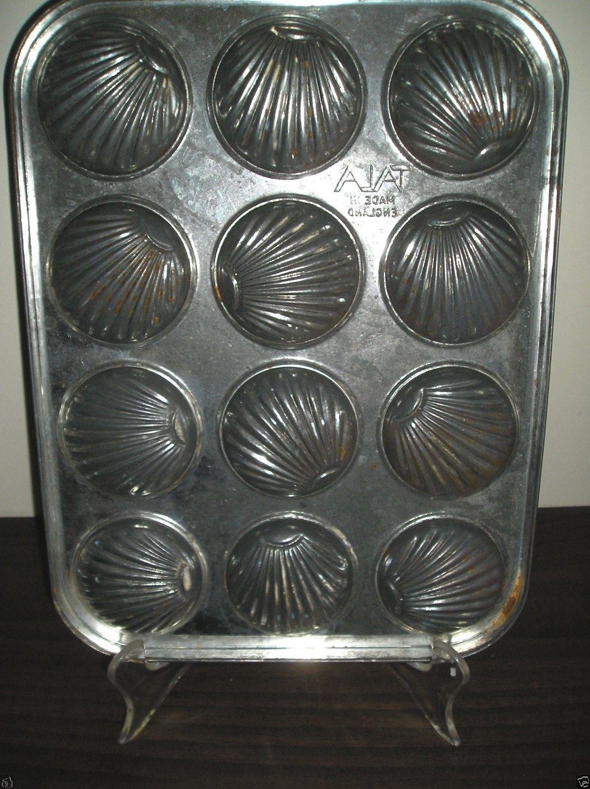 Tala Metal Madeleine Shell Baking Pan French Cake 12