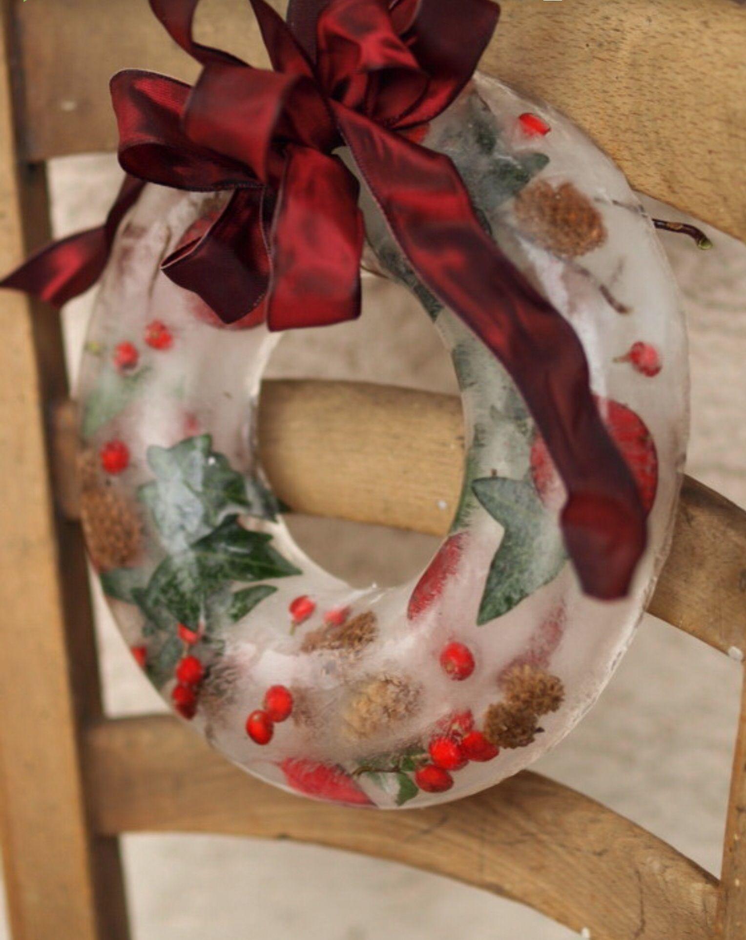 Frozen Wreath Scandinavian christmas, Outdoor christmas
