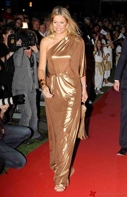 Princess Máxima in a one-shoulder and Grecian Goddess draped-inspired gown