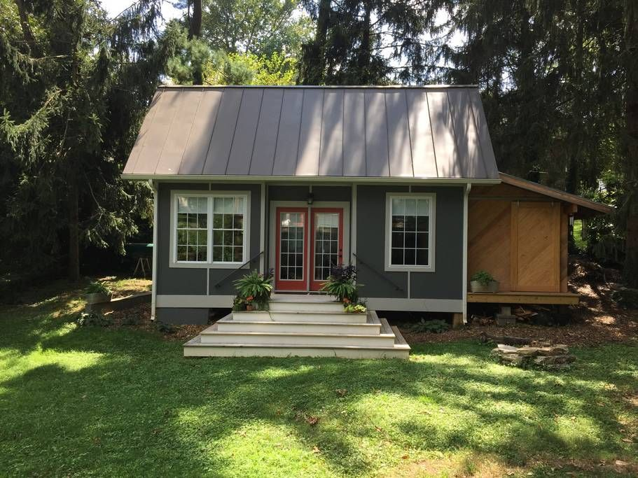 Pin By Gwen Swanson On Best Of Airbnb Tiny House