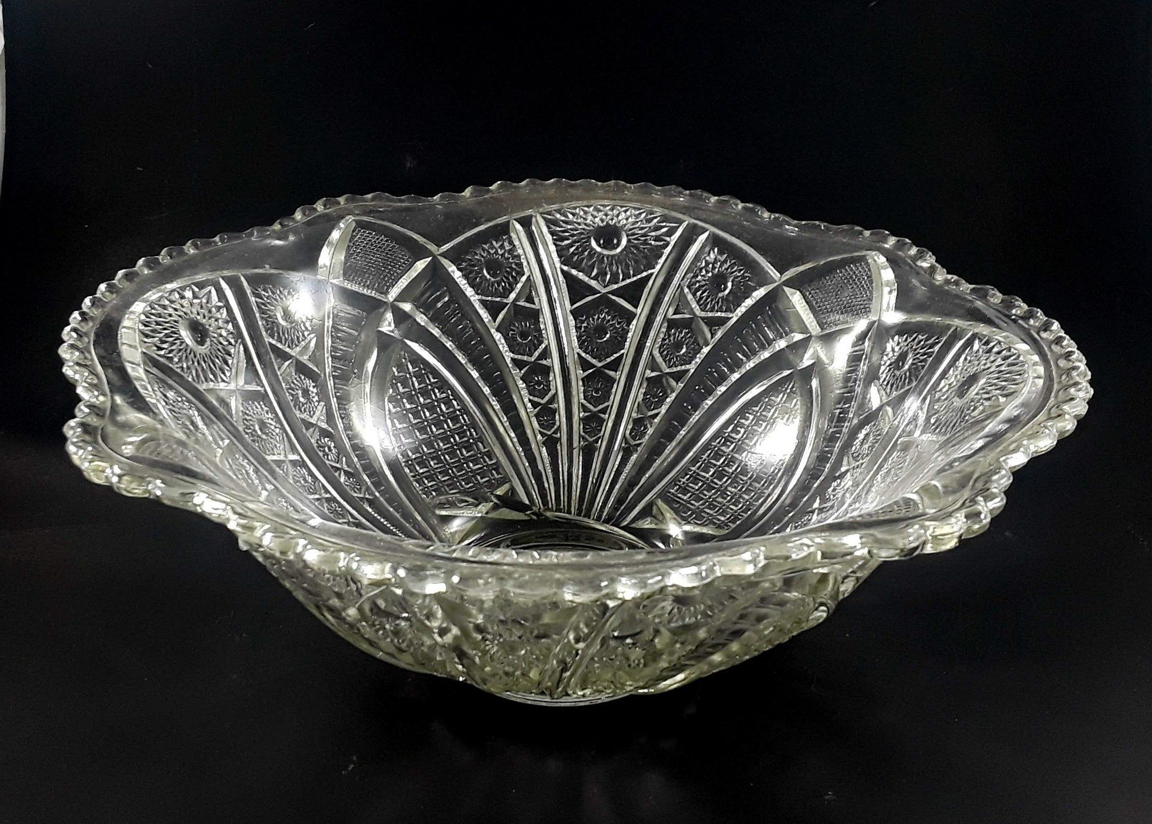 McKee Glass EAPG Punch Bowl Glass Concord Clear Crimped