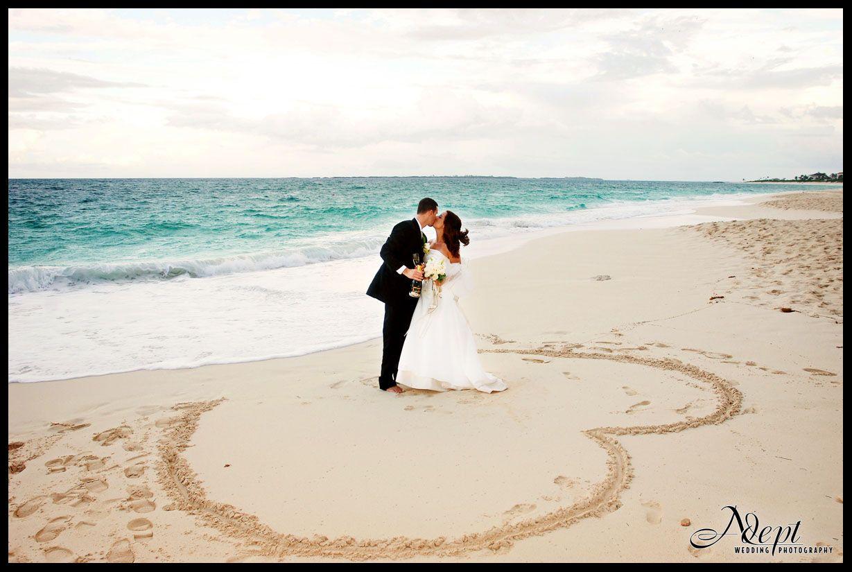 Love Beach Wedding Photography Wallpaper Hd Wallchips Wallpaper