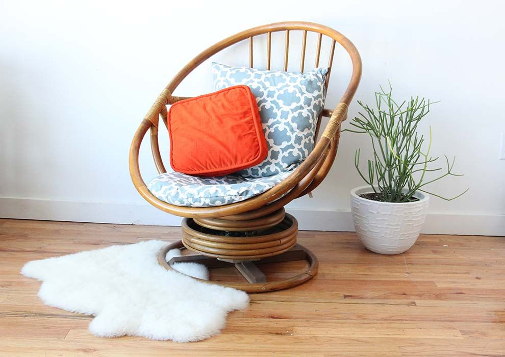 Rattan Swivel Egg Chair 225 00 Via Etsy Rocking Chair Cushions Chair Swivel Chair Living Room