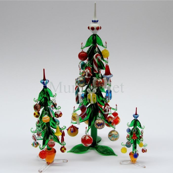Christmas tree with hanging decorations - Big in Murano Glass ...