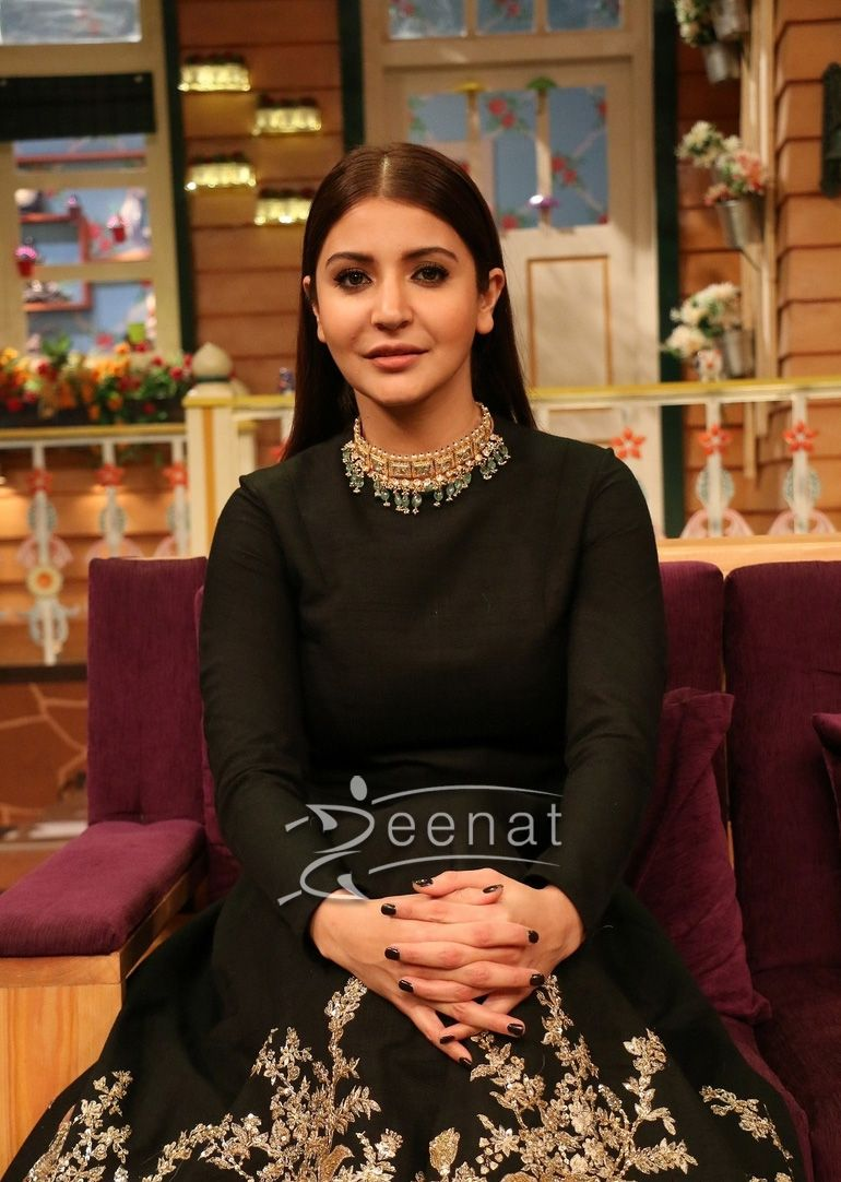 c334d26a7bf6 Anushka Sharma In Sabyasachi For Ae Dil Hai Mushkil Promotions in ...