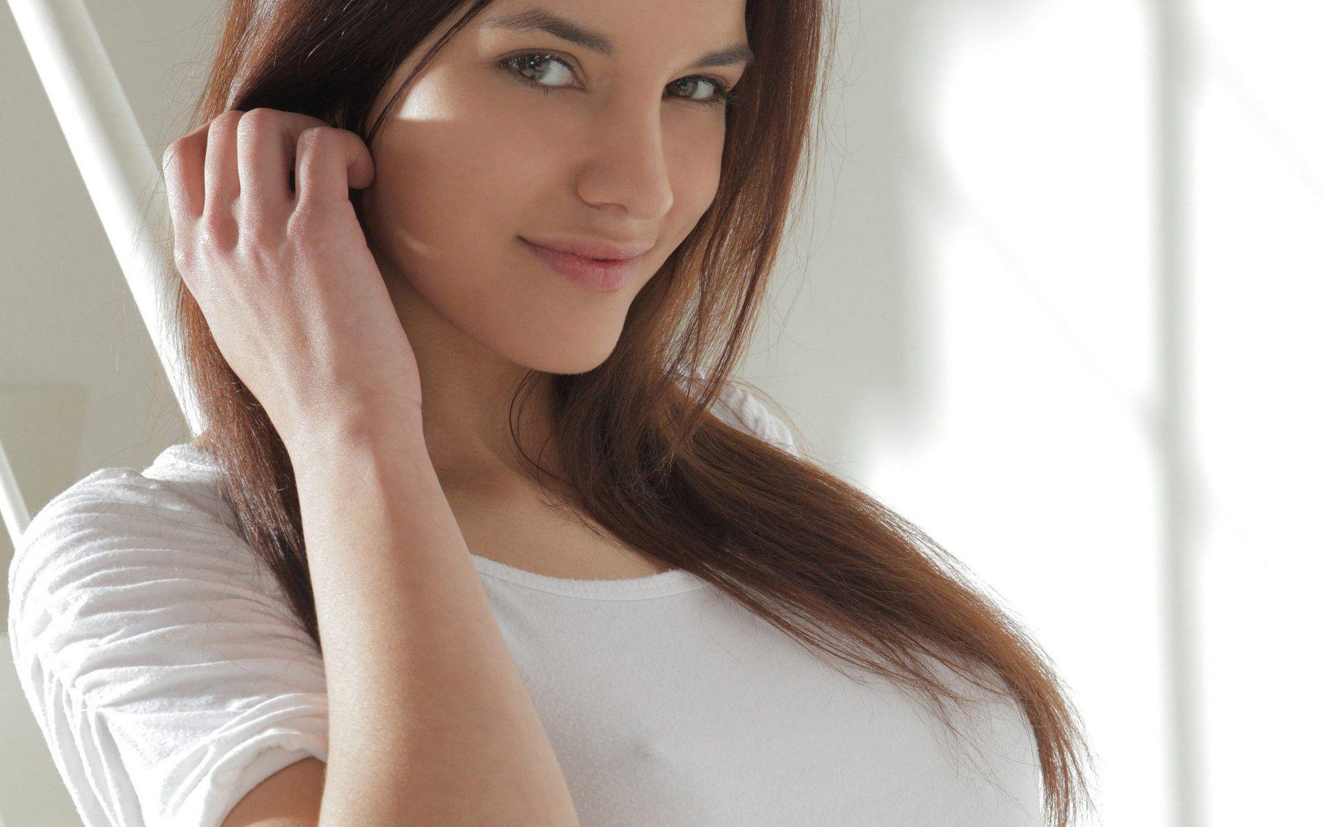 Kaylee X Art X Art Magazine Models Smiling T Shirts Wallpaper  Wallbase Cc