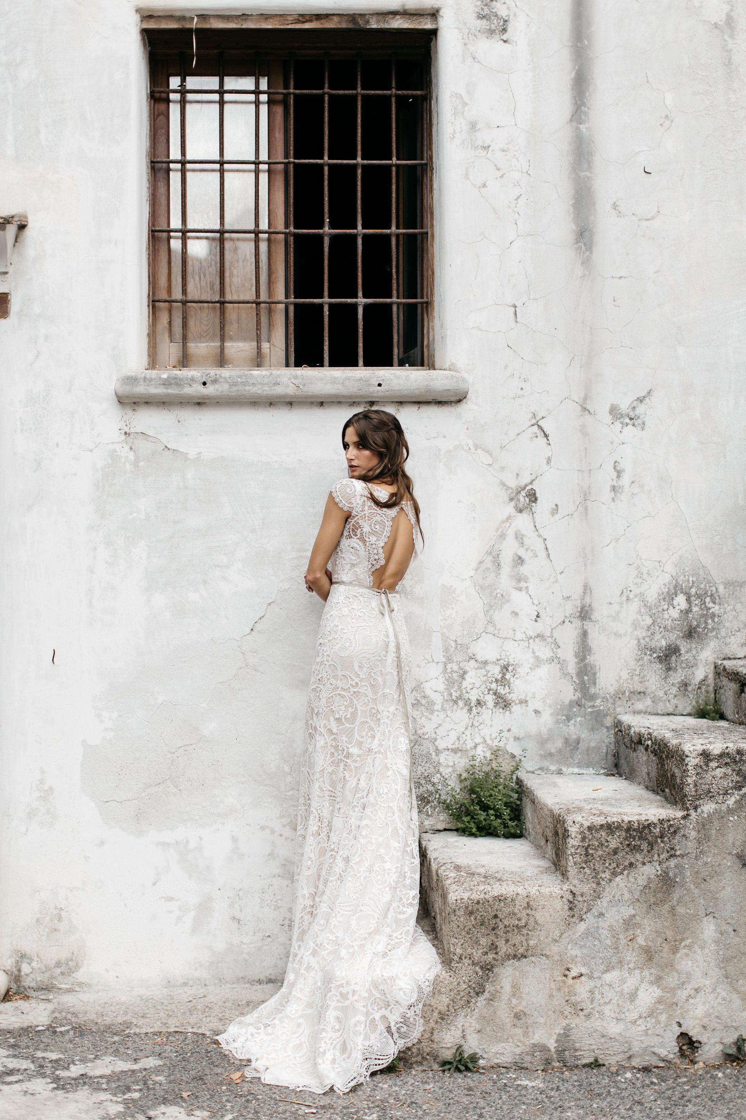 Tara Lauren Spring 2017 Wedding Dresses