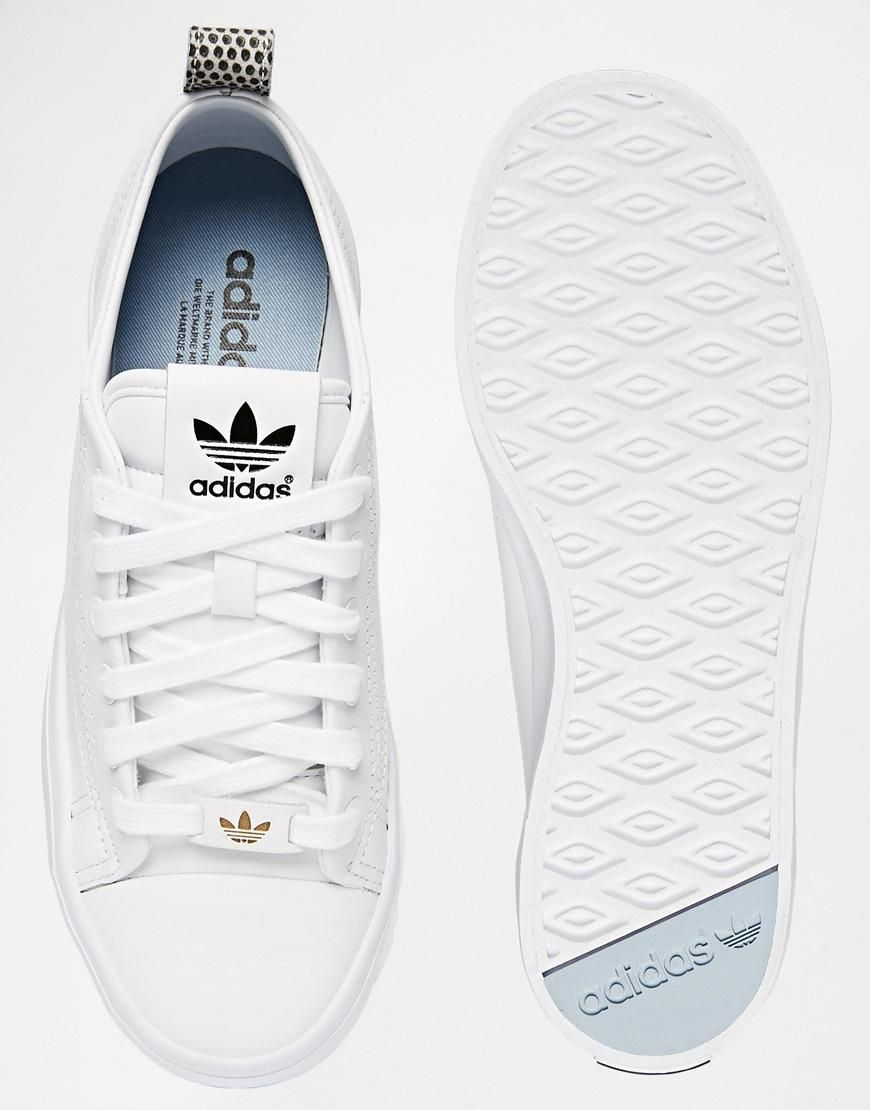 best website 2a6ad b70a1 Adidas   Zapatillas de deporte blancas 2.0 Honey de Adidas Originals en ASOS