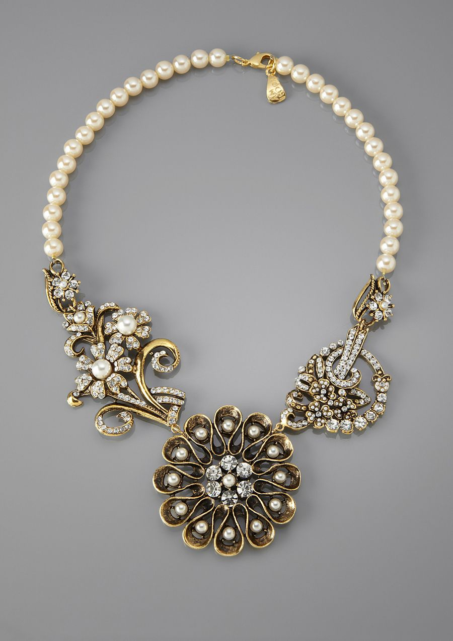 YOCHI DESIGNS  Antique Faux Pearl Necklace with Flower