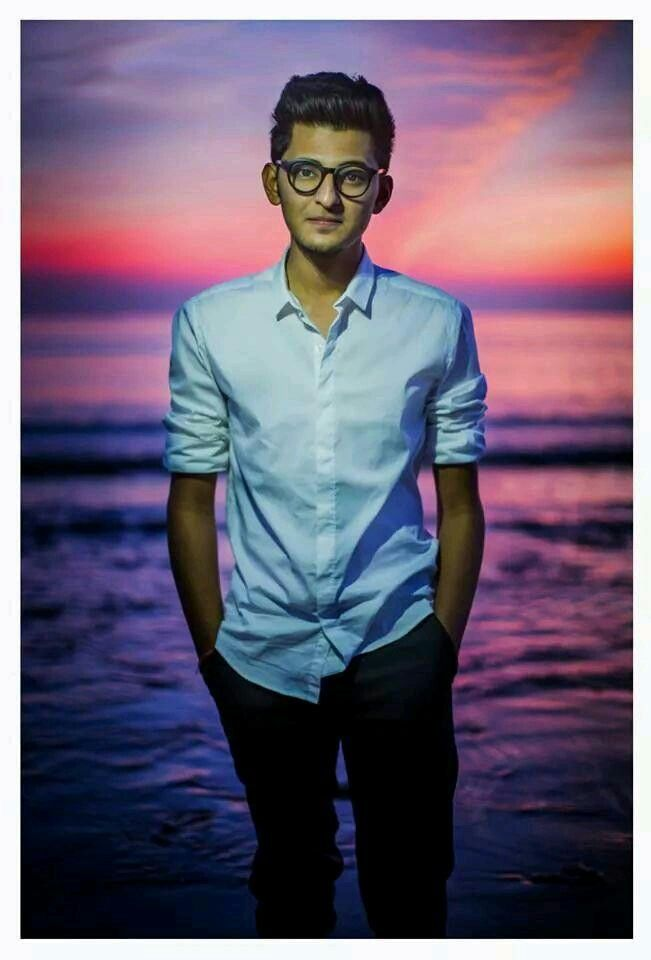 Darshan Jeena Jeena Darshan Raval In 2019 Wallpaper Free