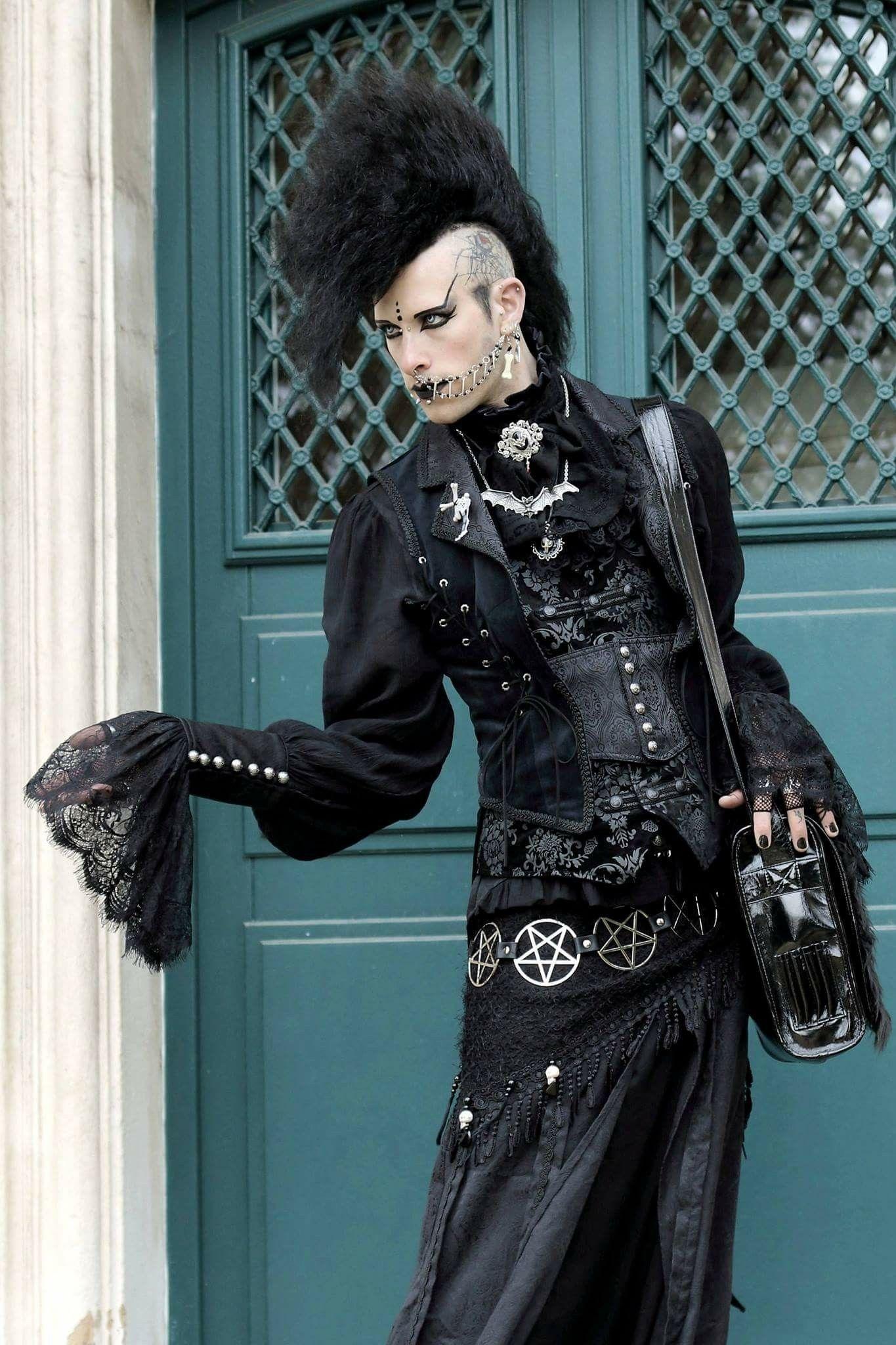 Pin by August Jackson on Spooki dudes | Goth fashion, Goth