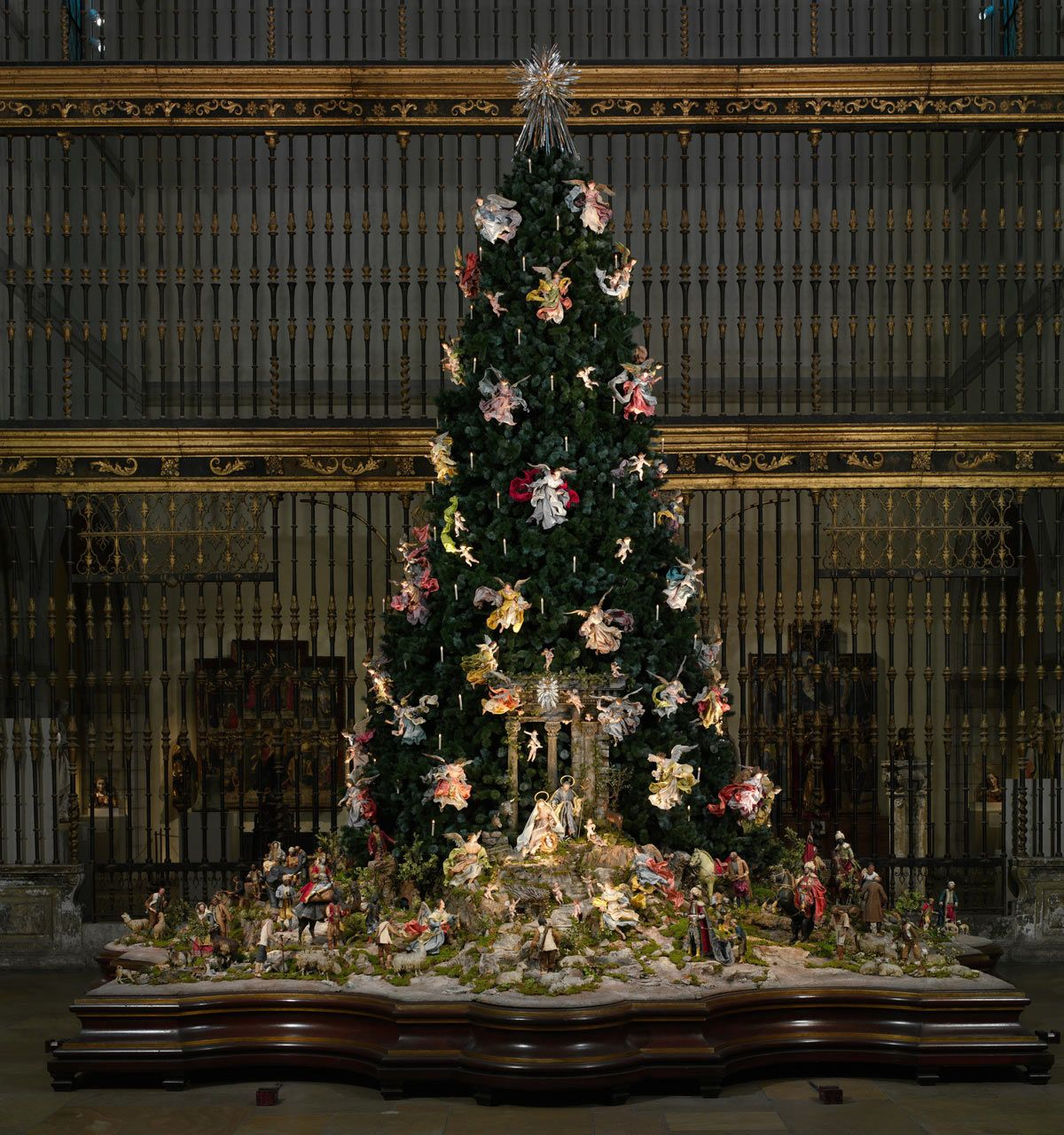 The Met's Christmas Tree and Neapolitan Baroque Crèche