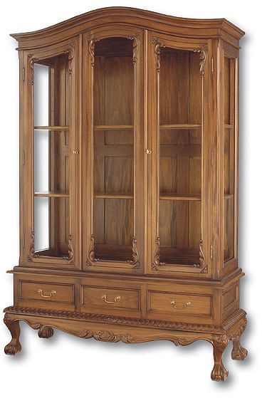 Large Chippendale China Cabinet | Keys, China and Doors