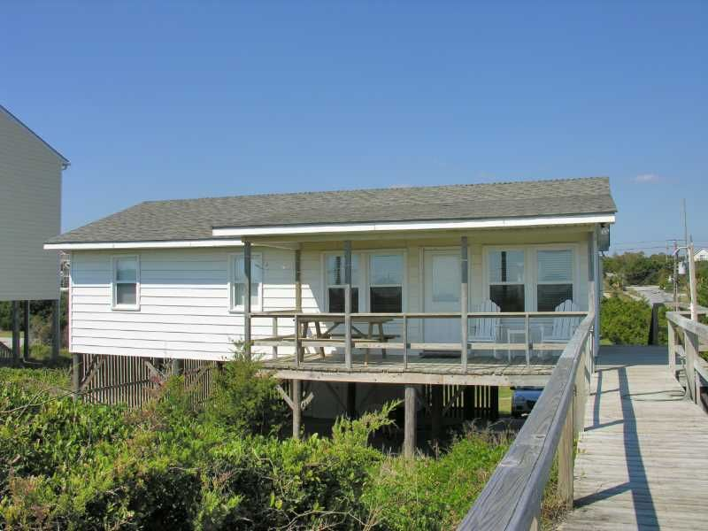 hurst cottage a 3 bedroom oceanfront rental house in emerald isle rh pinterest com