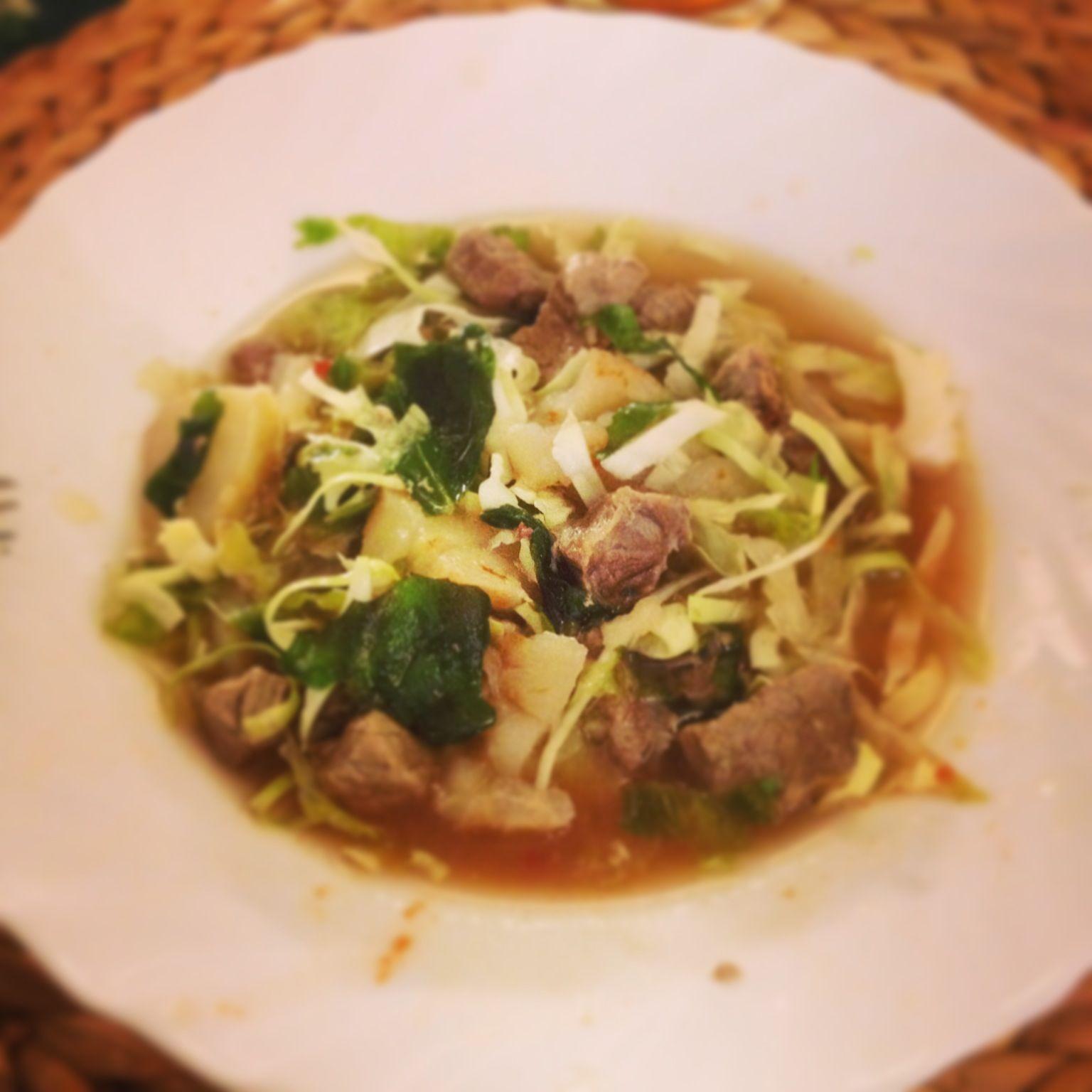 Bouillon fondue met rundvlees en groenten