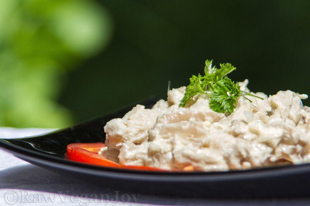 Retete video: Quinoa cu ciuperci si spanac / Budinca de quinoa