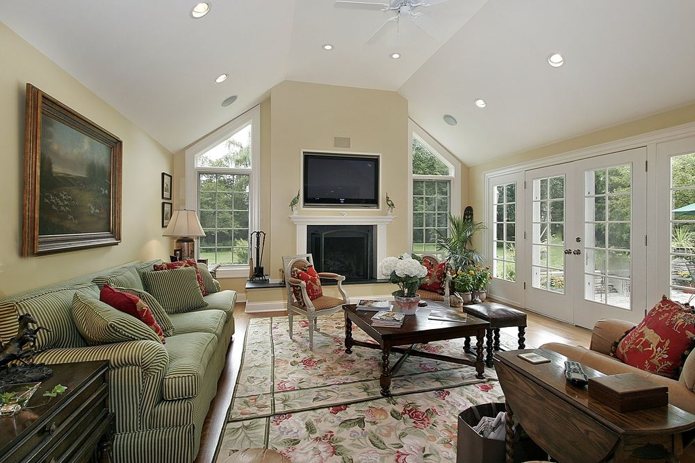 54 Living Rooms With Soaring 2 Story Cathedral Ceilings Country Style Living Room Vaulted Living Rooms Living Room Arrangements