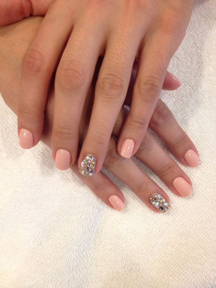 Peach Gel Polish Nails with Gem Accent Fingers ♥ - Need Some Nail Inspo For Valentines? We've Got You Covered, Babes