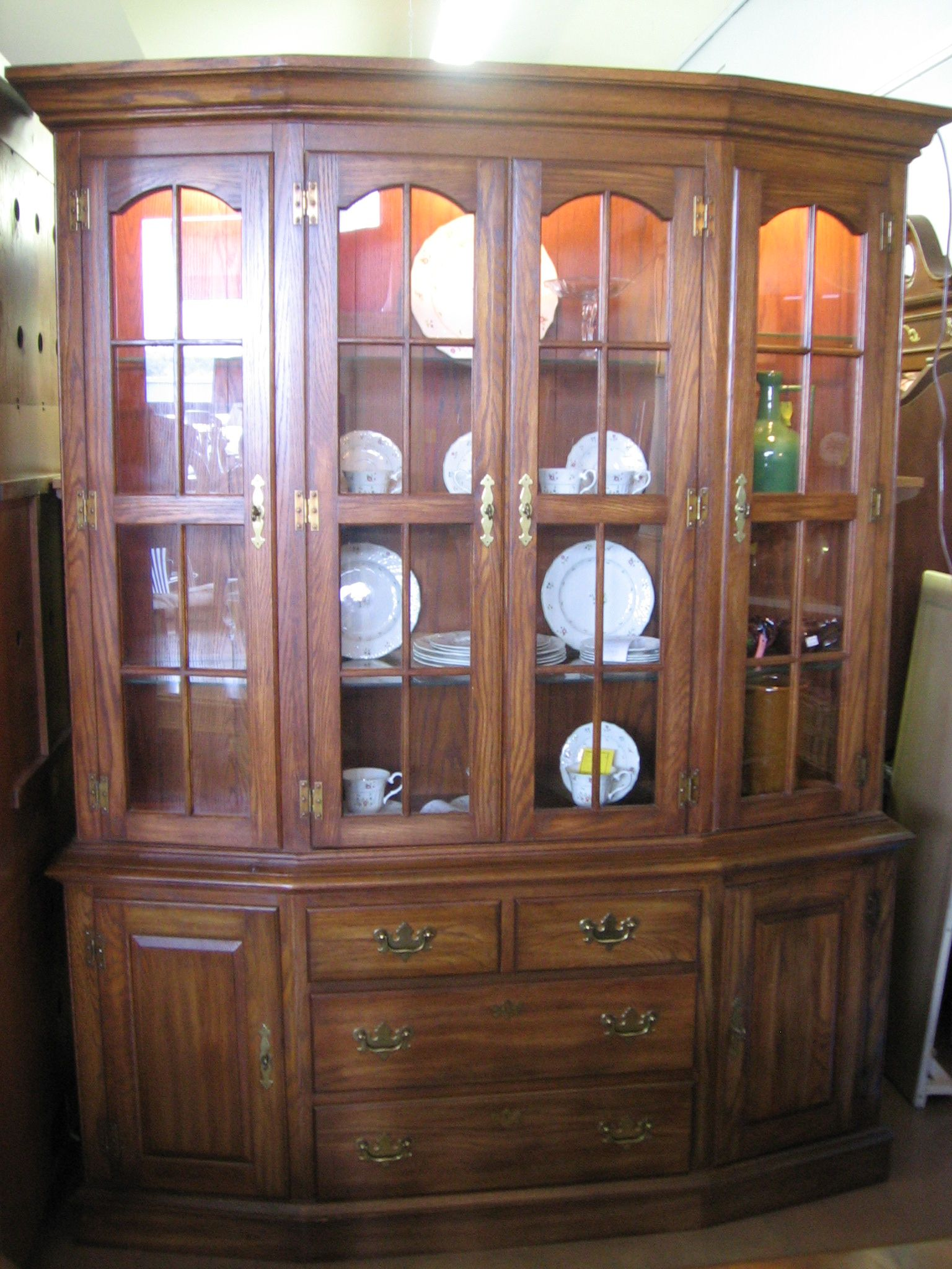 Pennsylvania House China Cabinet China Cabinet Home Goods Cabinet
