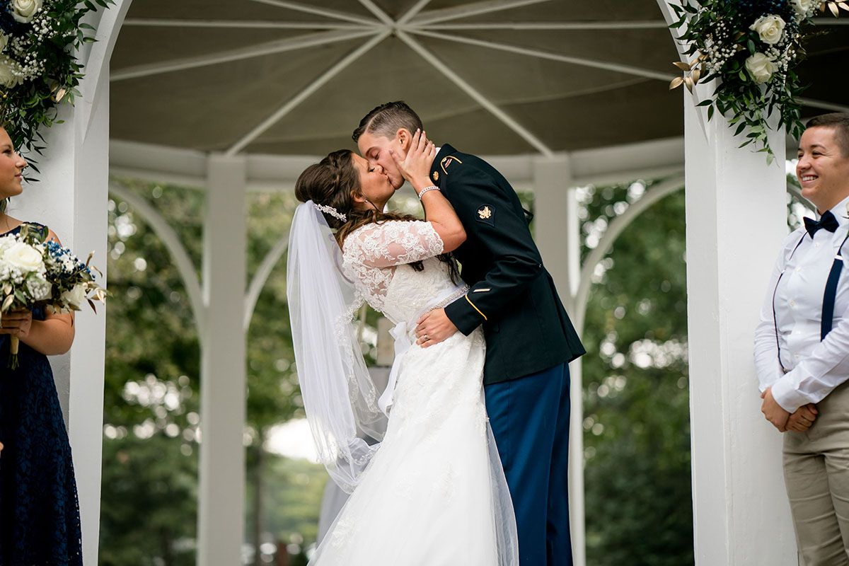 Early Summer Military Farm Wedding In Kettering Ohio Farm Wedding Photos Farm Wedding Military Wedding [ 800 x 1200 Pixel ]