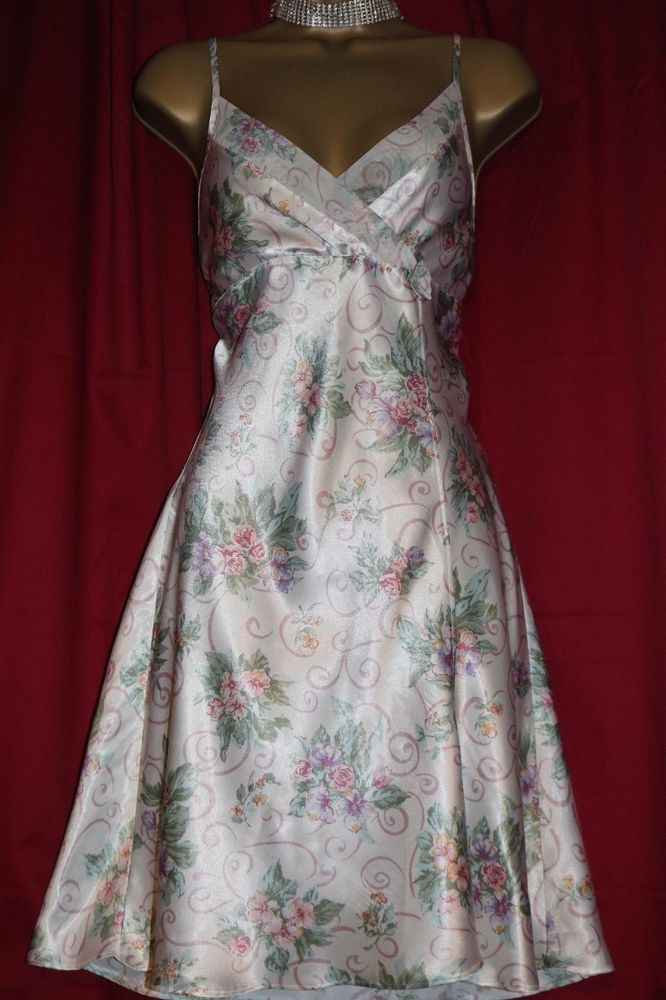 Vintage BHS Ladies Sz 12-14 Glossy Floral Small Front Vent Nightie ...
