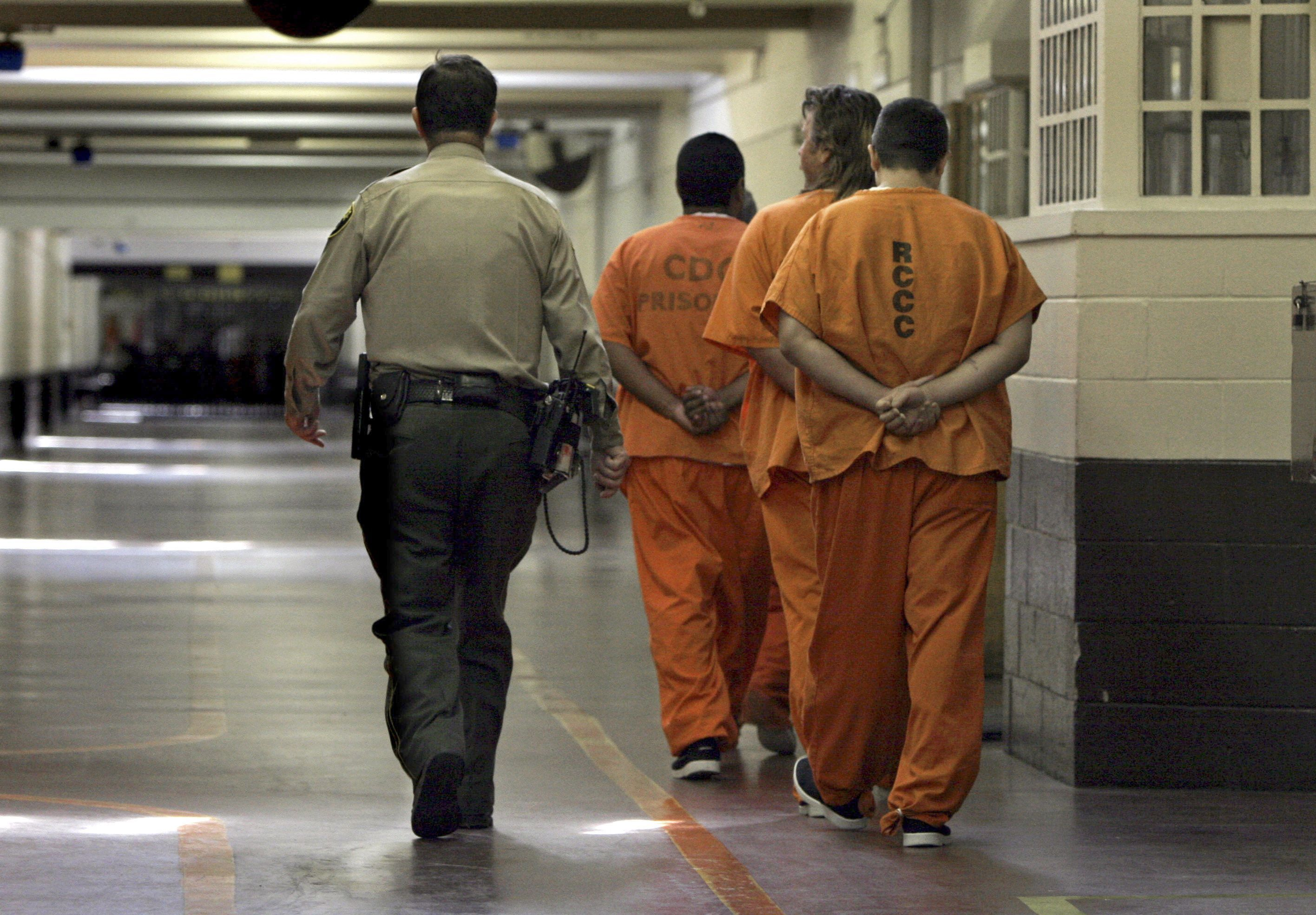 The Trump Administration Just Handed The Private Prison Industry An Enormous Gift Correctional Officer Inmates Criminal Justice