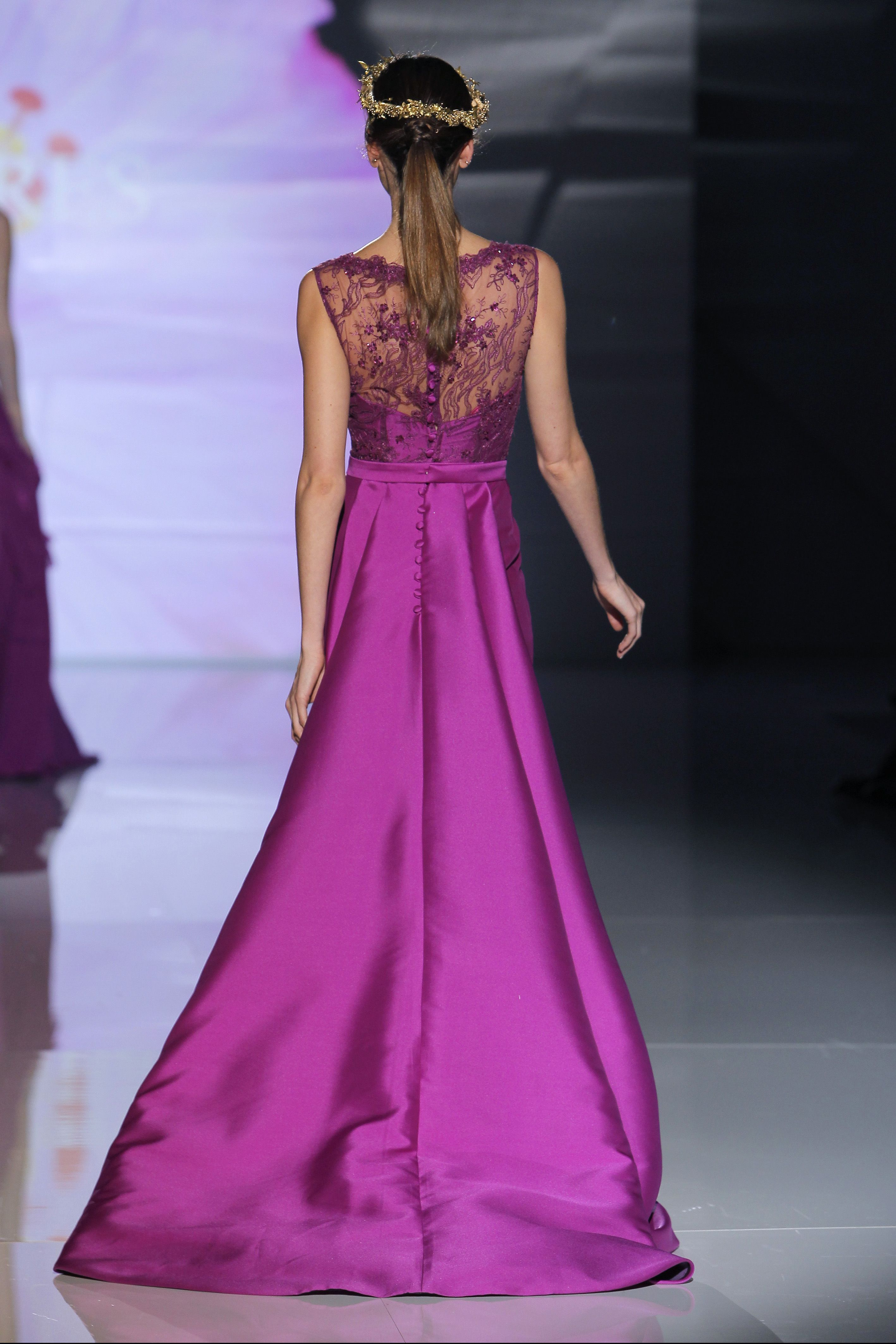 Modelo 17072 de Ana Torres 2017 Espectacular vestido madrina, en ...