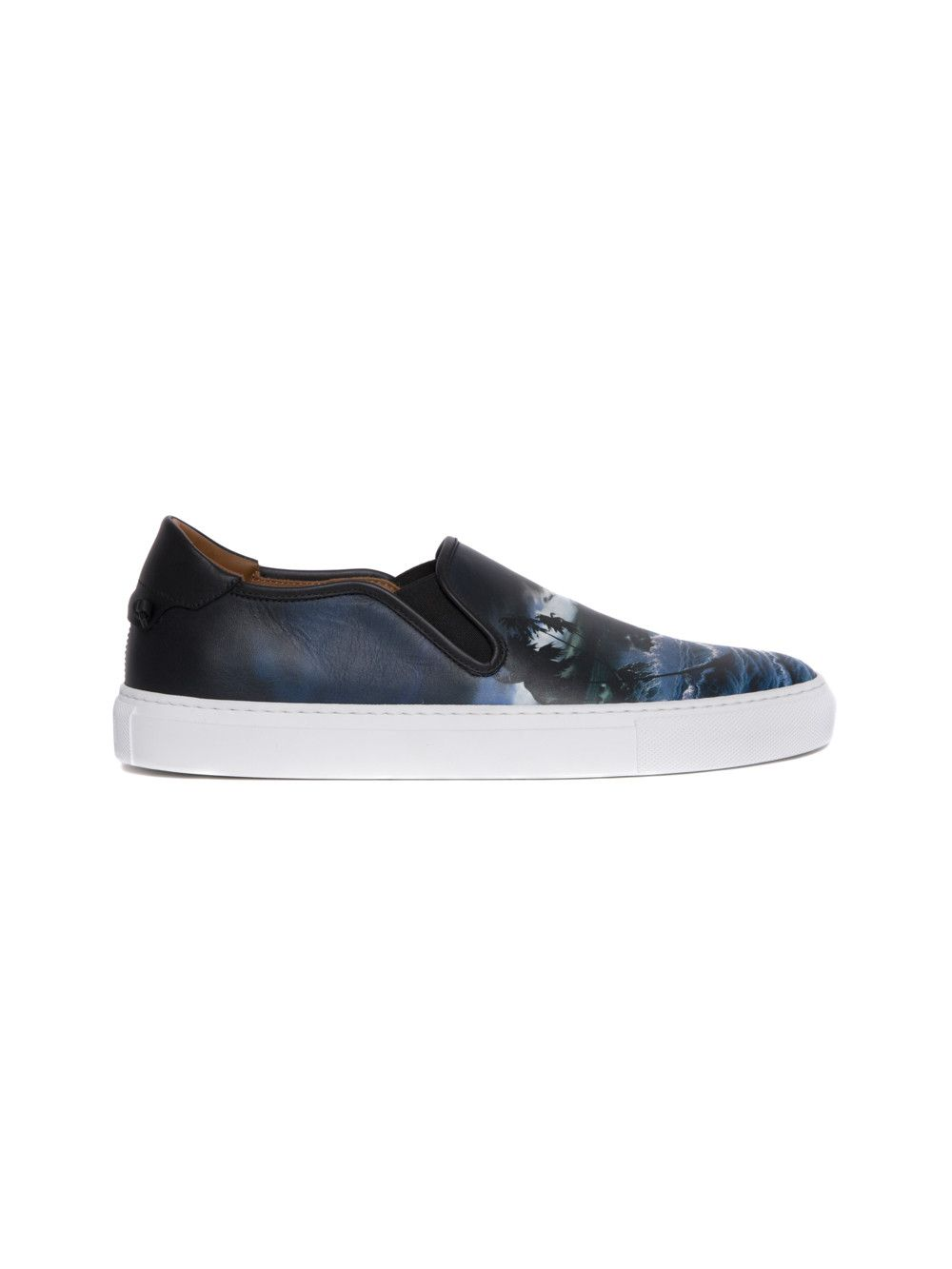 GIVENCHY 'Blue Hawaii' Print Low Top Sneakers. #givenchy
