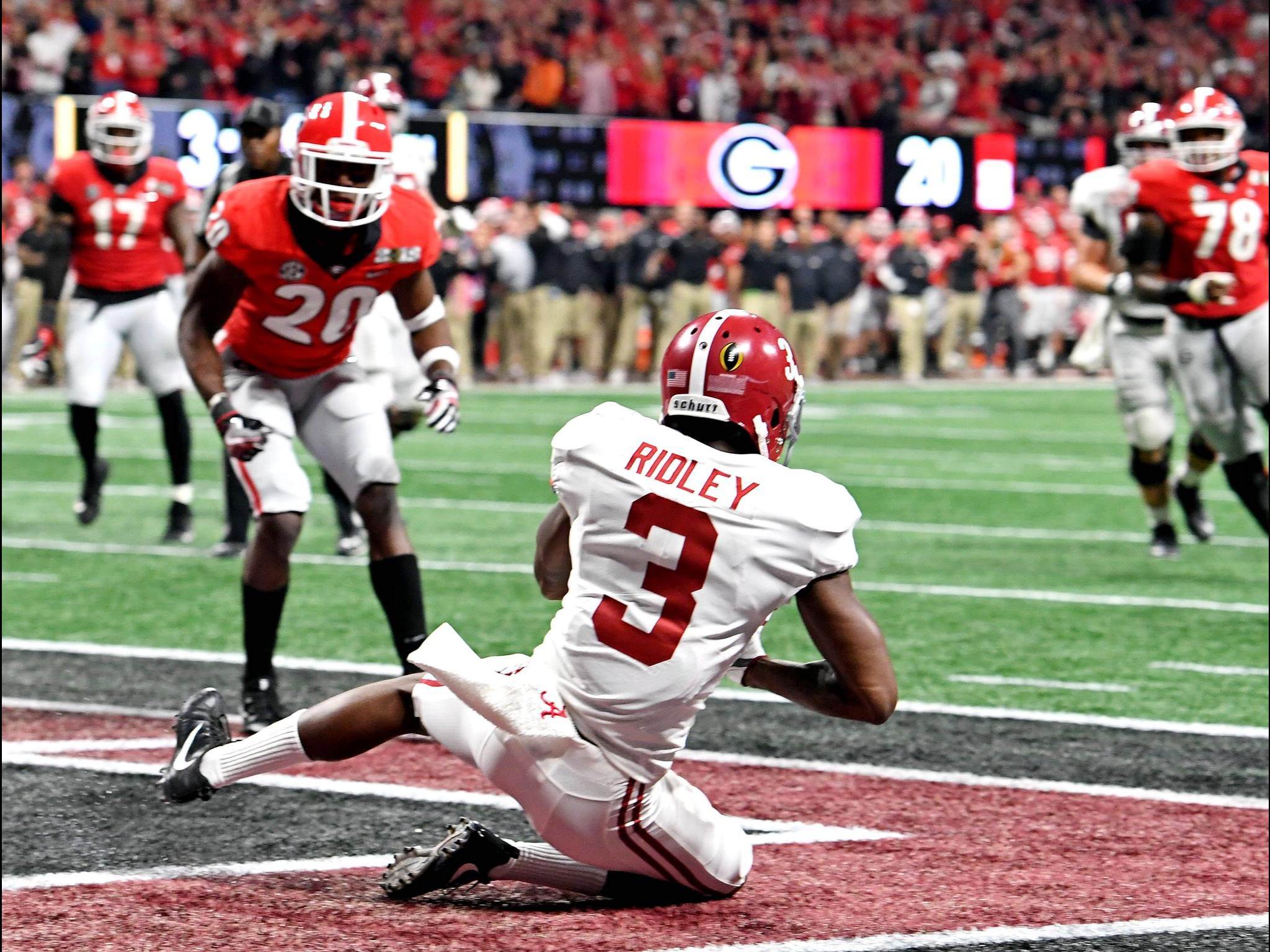 Calvin Ridley Touchdown Usa Today Sports Picture Alabama 26 Georgia 23 In Ot Alab Alabama Crimson Tide Football Crimson Tide Football Alabama Crimson Tide