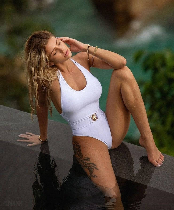 #fitness #brabusa #jualunderwear #like #followforfollowback #white #onlineshopping #follow
