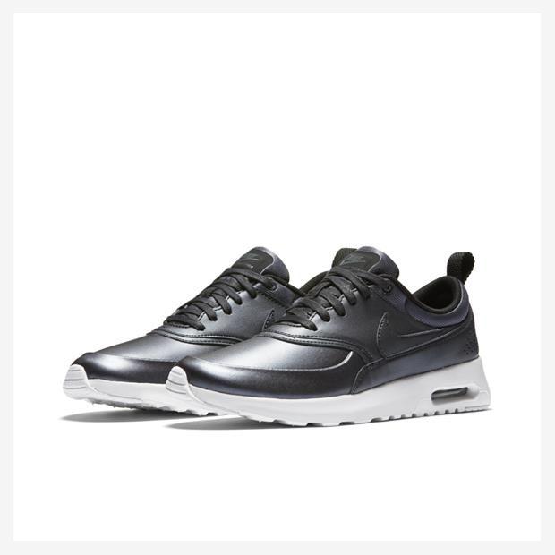 Tênis Nike Air Max Thea Special Edition Feminino  5f2915a8f3636