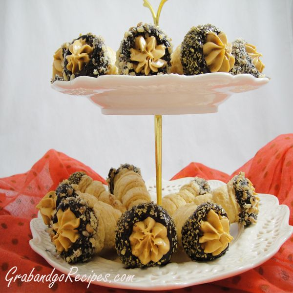 CHOCOLATE CREAM HORNS... Perfect for Holidays!!!