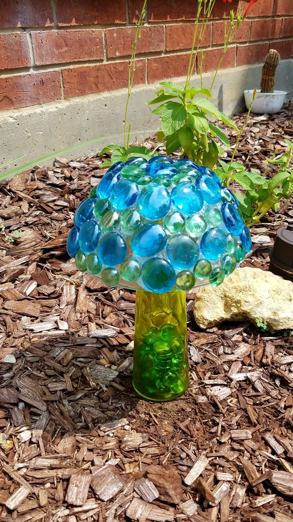 Easy Dollar Tree DIY  $4 Mushroom garden decor  Cute and