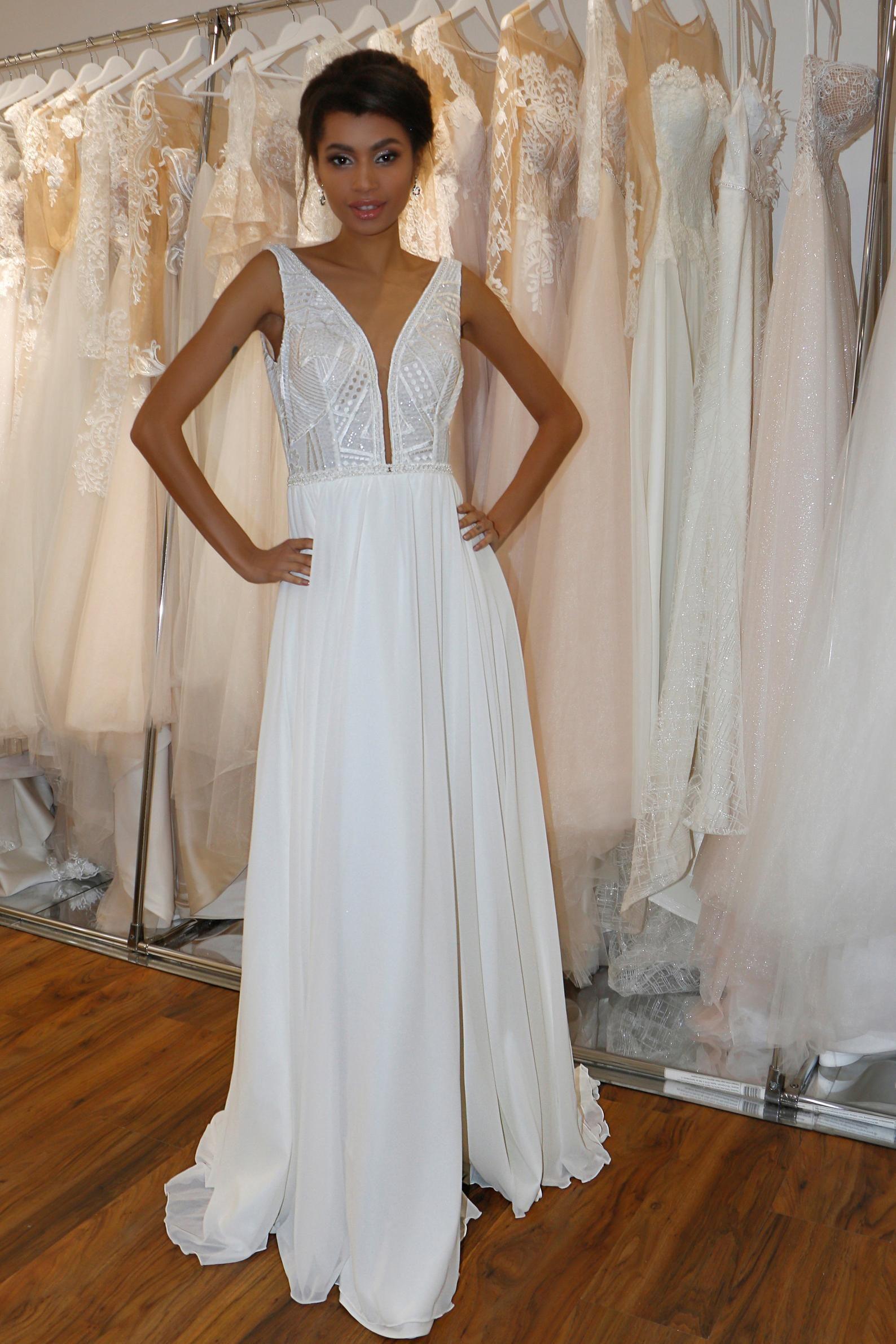 12++ Plunging neckline wedding dress ideas ideas