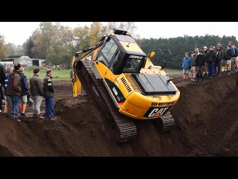 awesome excavator operator videos, amazing excavator rescue truck stuck in deep mud - YouTube