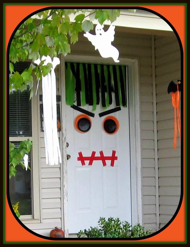 Easy Halloween monster door decoration Crepe paper  paper plates - door decoration halloween