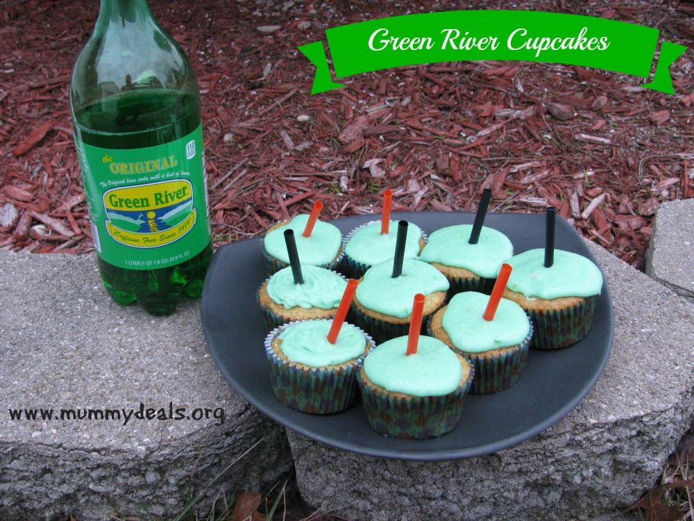 Green River Cupcakes ready for St Patrick's Day! #stpattys
