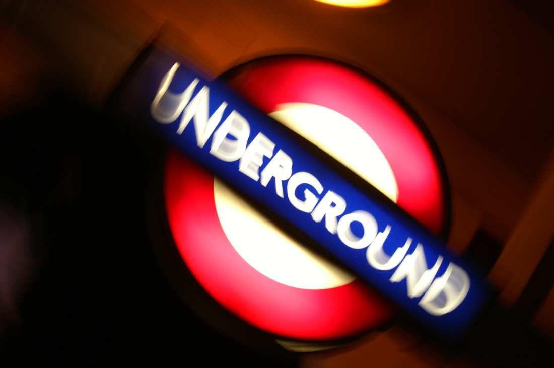 Risultato della ricerca immagini di Google per http://bertmaes.files.wordpress.com/2011/10/underground-chiken1.jpg