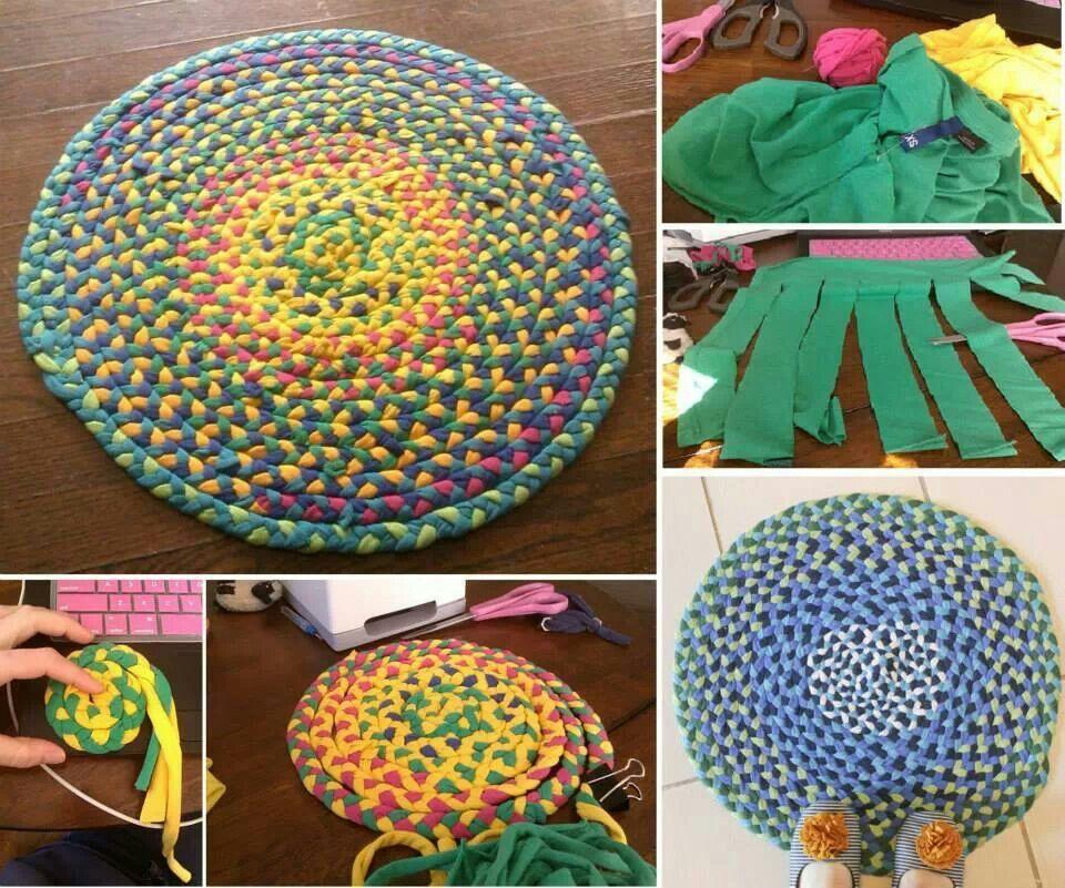 Tapete de tiras de malha de camiseta. Fazer tranças e ir enrolando depois costurar à mão.