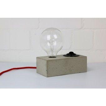 Alexej Nagel Leuchte aus Beton Tischlampe
