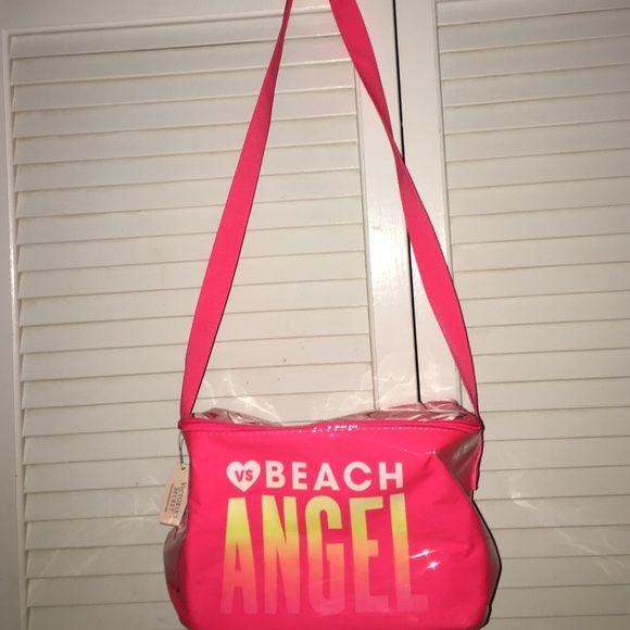 Victoria secret lunch box Victoria secret insulated lunch box . NWT!!!!! Victoria's Secret Bags