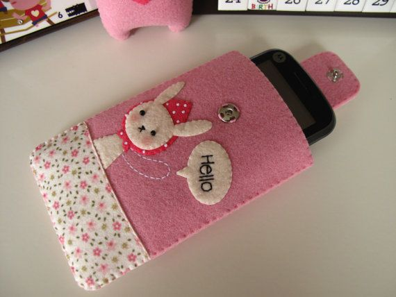 iphone4 felt case...can I make it myself?