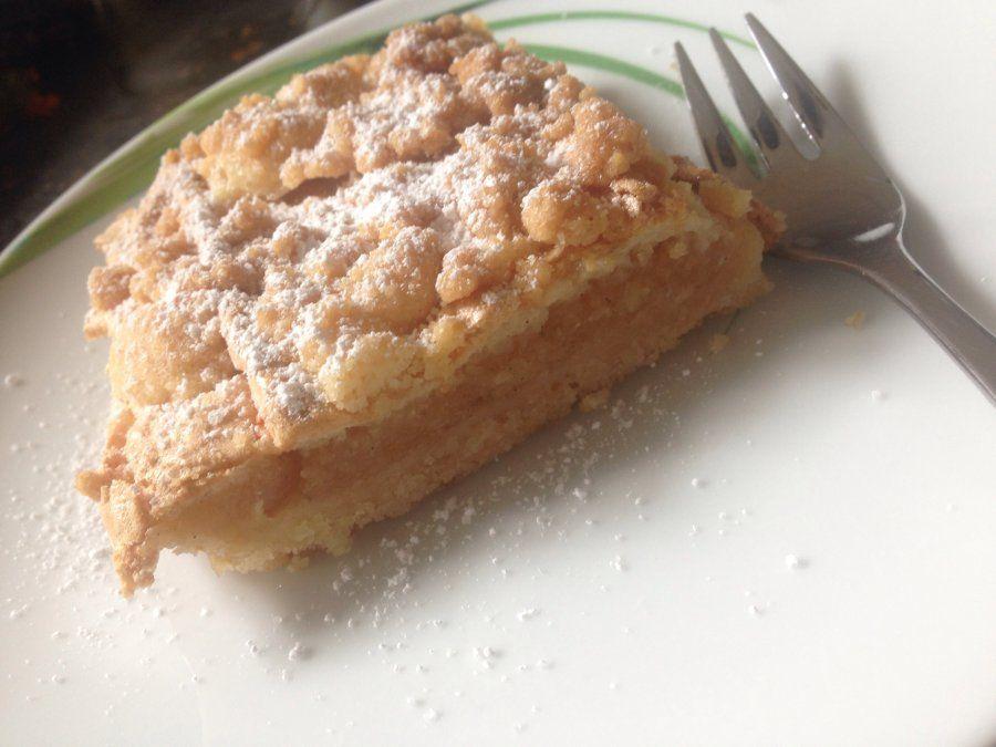 Apfelkuchen mit Baiser und Streusel Rezept