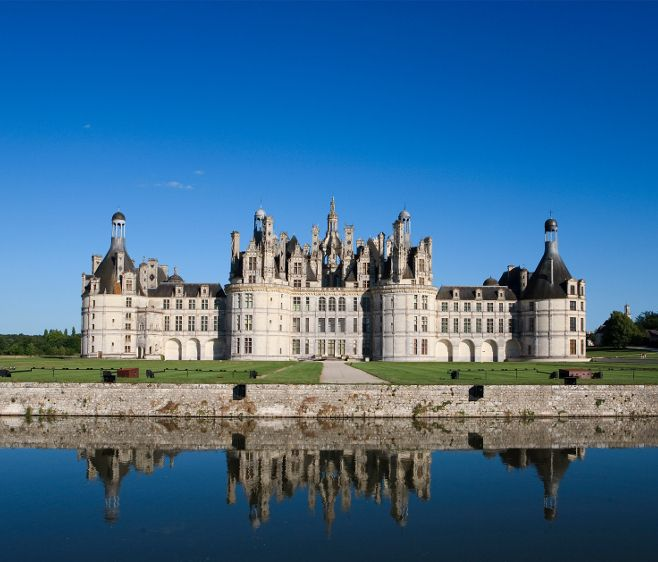 A Day At Chateau De Fontainebleau Quintessence Castle Chateaux Interiors Castles Interior